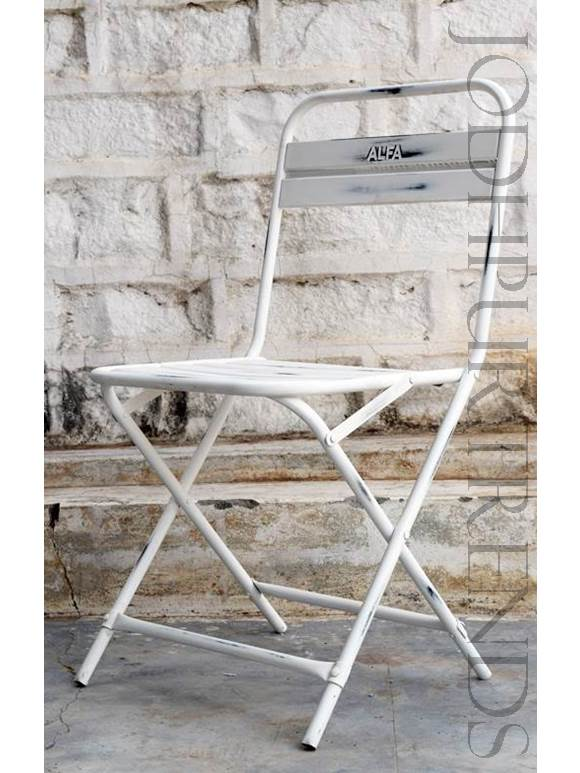 Outdoor Bistro Chair in White | Outside Restaurant Chairs
