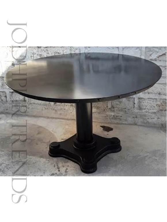 Round Dining Table | Industrial Garden Furniture
