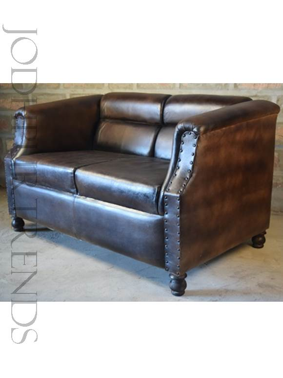 Luxurious Sofa in Leather | Luxury European Style Sofa