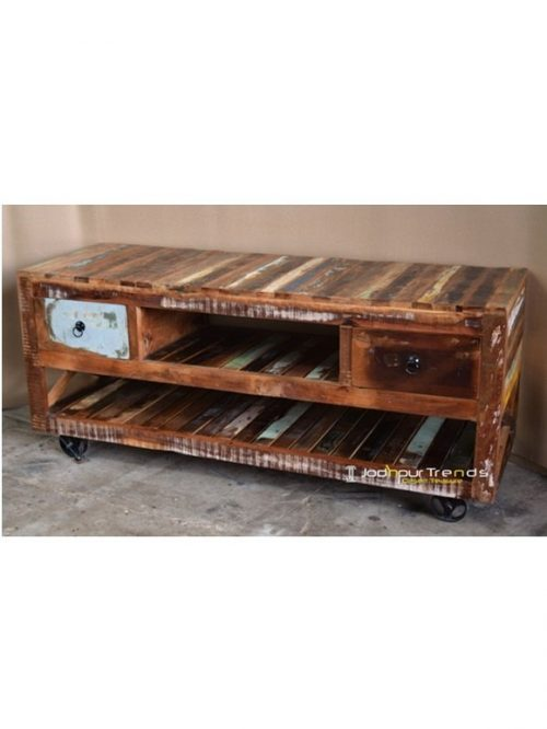 Accent Furniture in Reclaimed Wood