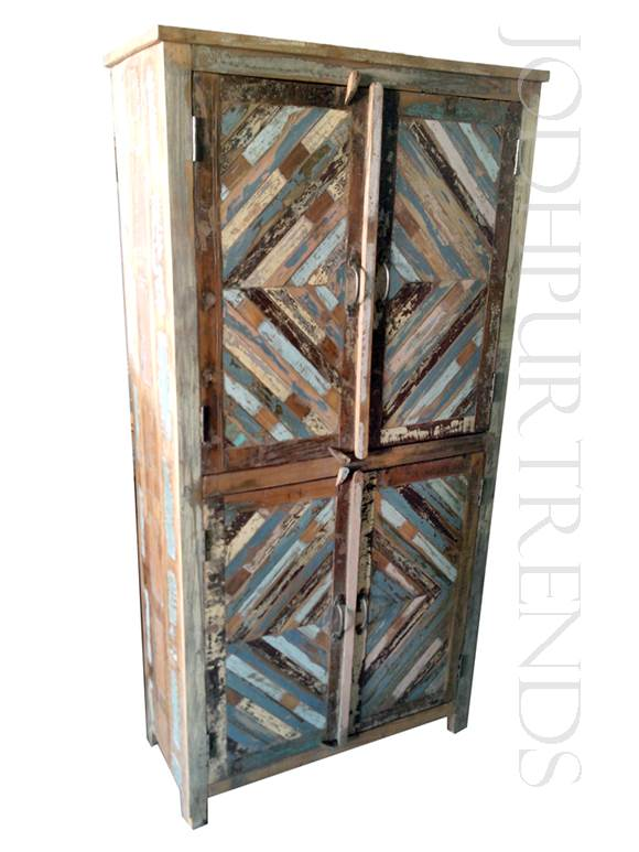 Almirah in Rustic Vintage Design | Wholesale Vintage Furniture
