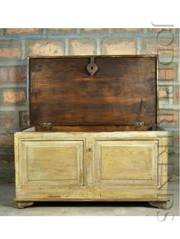 Antique Voyager Trunk | Antique Reproduction Storage Trunks