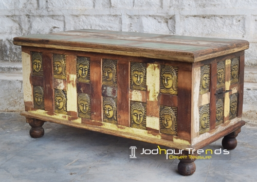 Storage Trunk in Reclaimed Wood