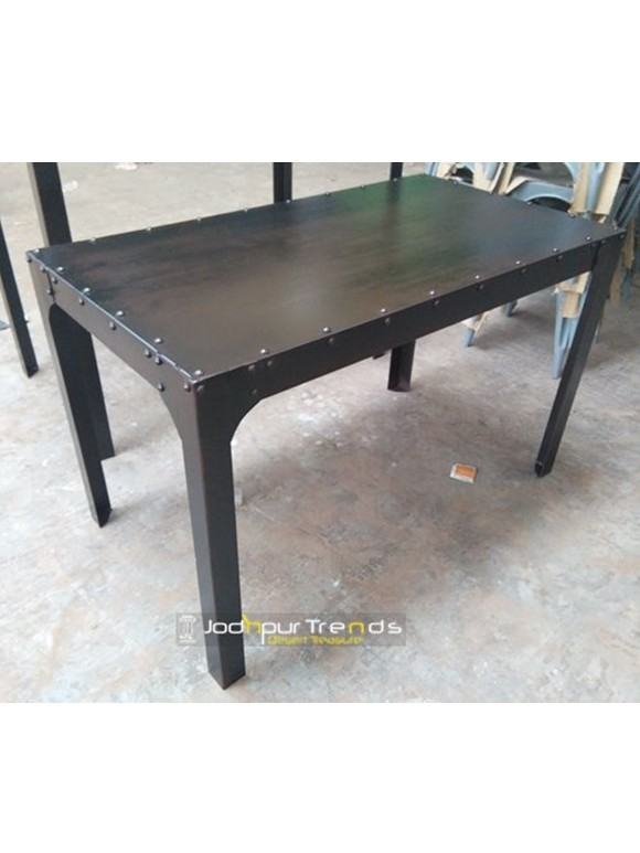 Dining Table in Vintage Design   Restaurant Supply Tables