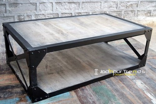 Metal Painted Exporter Crafted Center Table Furniture