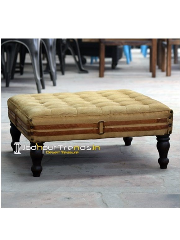 Tufted Bajot Cafeteria Furniture Manufacturers
