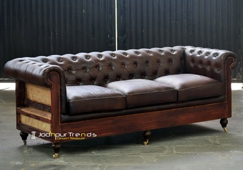 Raw Wooden Structure Chesterfield Leather Sofa