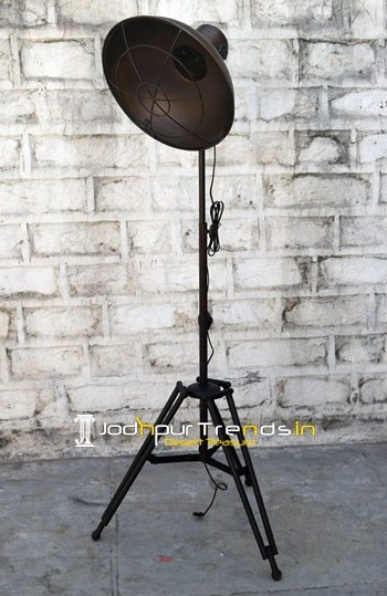 restaurant lamps, bar lamps, table lamps, hanging lamps, industrial furniture design (16)