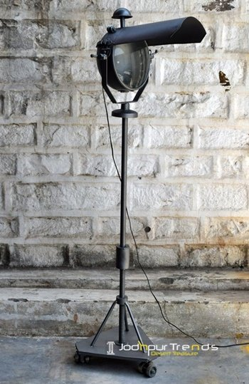 restaurant lamps, bar lamps, table lamps, hanging lamps, industrial furniture design (23)