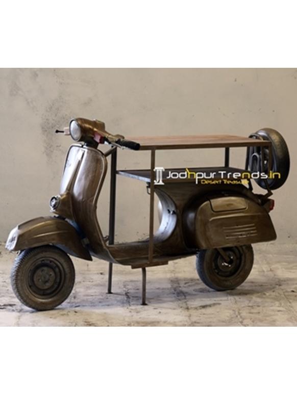 Metallic Old Indian Scooter Automobile Display Rack