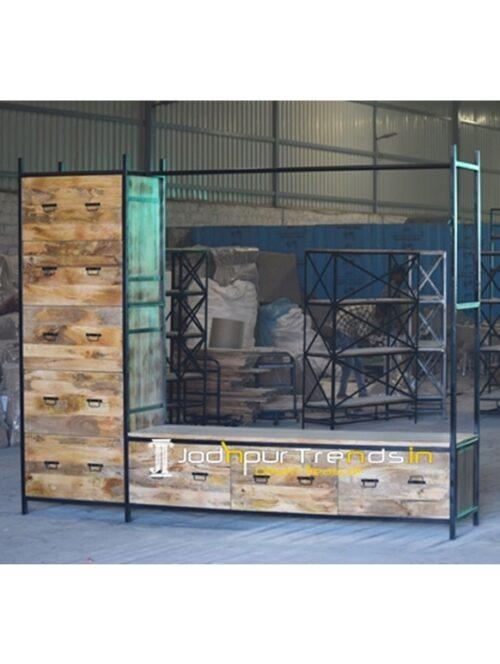 Wide Storage Metal Wooden Display Cum Luggage Rack